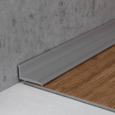 "Selbstklebende Sockelleiste10 x 18,4 mm, für Wandabschlüsse ""Brandon"", Aluminium eloxiert"