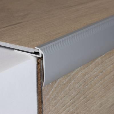 """Einschubprofil """"Kilkenny"""" mit Nase für Designbeläge, Einfasshöhe 4,5 mm, Aluminium eloxiert, gebohrt"""